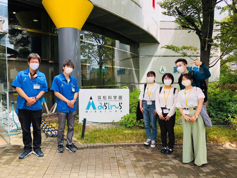 「静岡から始めよう 海とプラスチックを考える展 in みらいーら」が静岡新聞に掲載されました