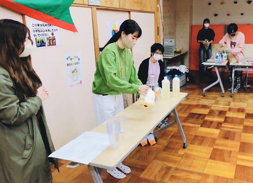 西奈児童館でサイエンスクリスマス会を開催しました
